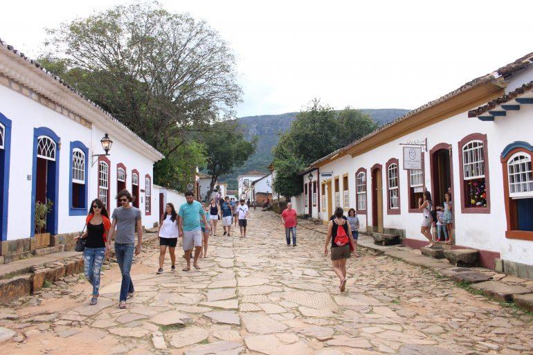 7 Ruas Direitas em Minas para você caminhar